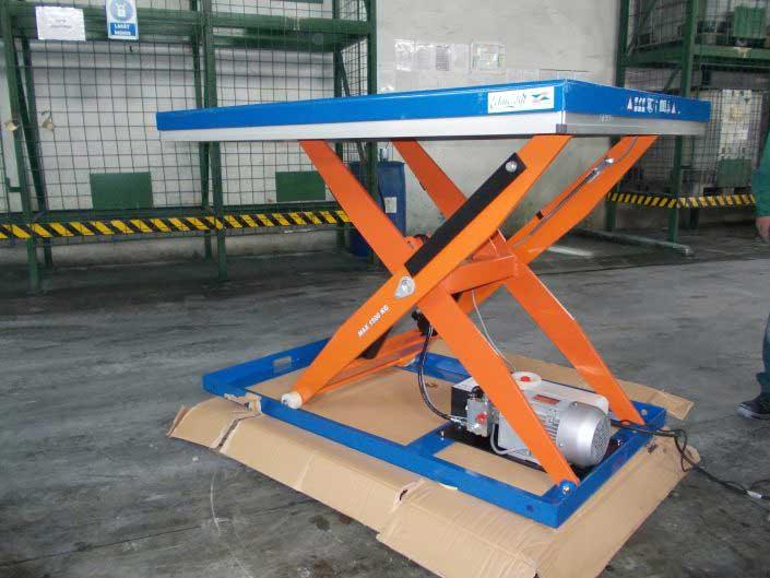 Platforme ridicatoare EdmoLift - CB 1500B